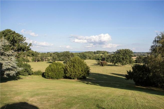 Cotswald Views