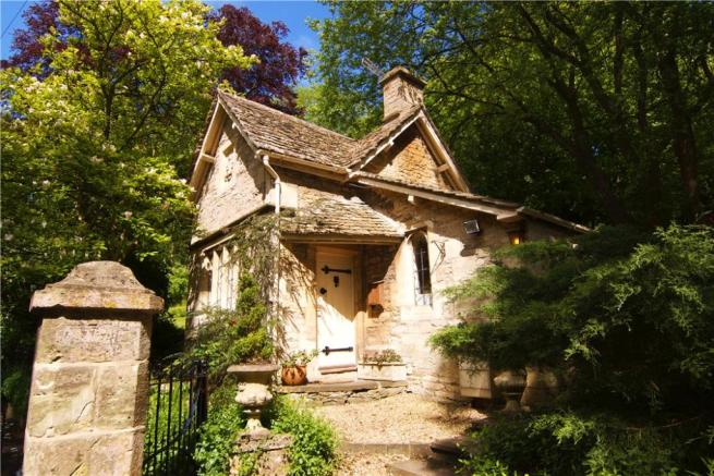 Amberley Court Lodge