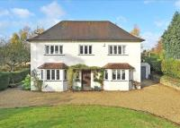 5 bedroom Detached home in Stroud Road, Painswick...