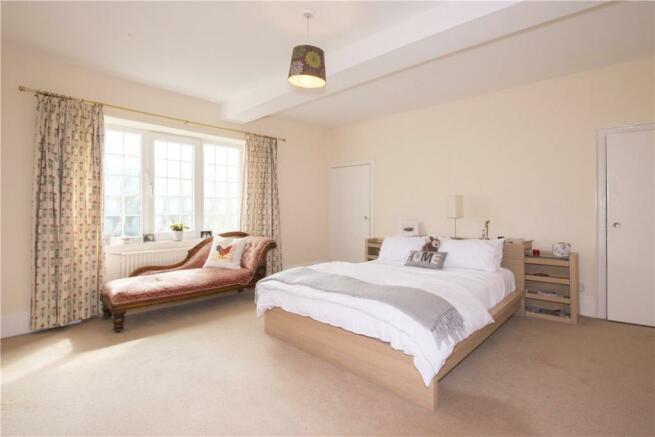 Light Bedrooms