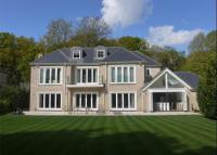 6 bed Detached property for sale in Broadwater Close...