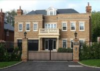 6 bedroom Detached property for sale in Hillview Road, Claygate...