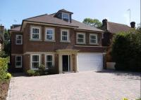 7 bed Detached home in Hillview Road, Claygate...