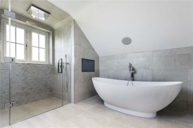 3 Bathrooms