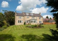 6 bed Detached house for sale in Whitegate, East Keswick...