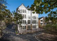 Flat for sale in Park Crescent, Roundhay...