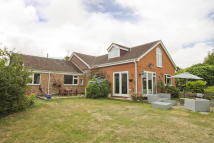 4 bedroom Detached Bungalow in West End, Southampton
