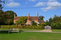 4 bed Detached home in Peppard Common...
