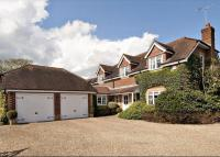 4 bed Detached house in Stevens Lane...