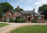 5 bed Detached property for sale in Llanfyllin, Powys, SY22
