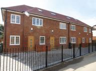Flat in To Let - Palmers Green...