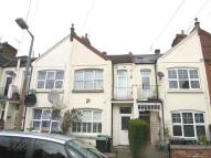 Flat for sale in Bowes Park, N22