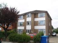 2 bedroom Flat in To Let - Bowes Park N22