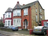 2 bedroom Flat to rent in TO LET - WINCHMORE HILL...