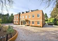 Detached property in Heath Rise...