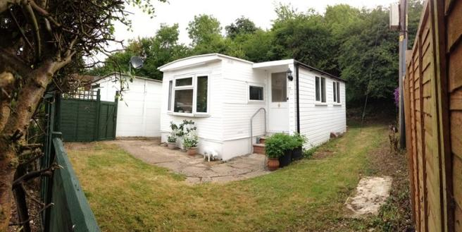 2 Bedroom Mobile Home For Sale In Rayners Avenue Loudwater High