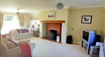 5 bed Detached property for sale in Meadow Way...