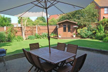 5 bed Detached property for sale in Rose Drive, Southminster