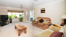 4 bedroom Detached house for sale in Beauchamps