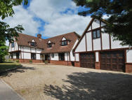 5 bedroom Detached property in St. Peters Field...