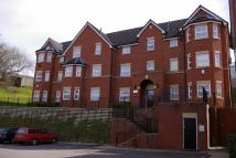 2 bed Penthouse in Alders Heights...