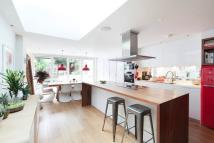 Town House to rent in Britannia Road, London...
