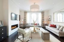 2 bed Flat for sale in Westbourne Grove, London...