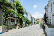 3 bed Town House in St Luke's Mews, London...