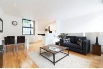 2 bed Town House to rent in Inglebert Street, London...