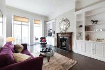 1 bed Flat in Kensington Park Gardens...