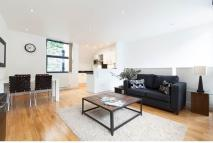 2 bed Town House in Ingle Mews, London, EC1R