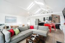 2 bed Flat in Westbourne Grove, London...