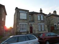 Studio flat in Quadrant Road...