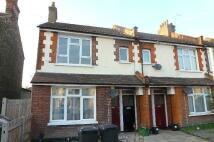 2 bed Maisonette to rent in Greenside Road, Croydon