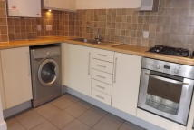 2 bed Apartment in Dunstan Road...