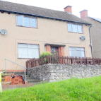 3 bedroom semi detached house in Delwood Drive, Welshpool...