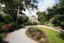 4 bed Detached home for sale in Beaulieu Road...
