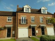 Town House for sale in Alder Close, Selby...
