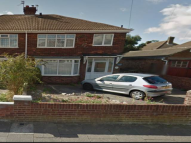 3 bedroom house to rent in Penshurst Road, ...
