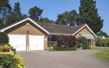 3 bed Bungalow for sale in Ferndown
