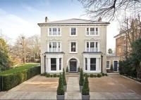 8 bed Detached house in Cambridge Park, Richmond...