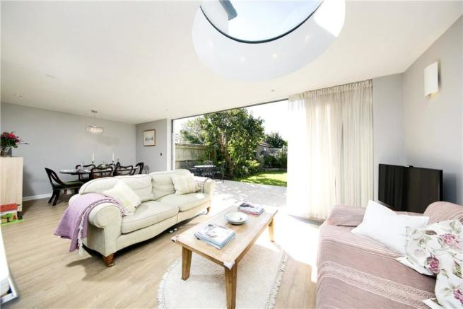 4 Bedroom House Tw10