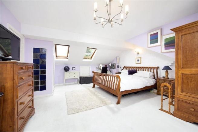 5 Bedroom House Tw1