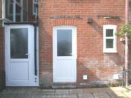 1 bedroom Ground Flat to rent in Devizes Road, Wiltshire...