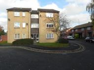 Flat to rent in Tom Price Close...