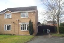 2 bedroom semi detached house in Poplar Close, Evesham...