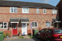 2 bedroom Terraced home to rent in St Davids Drive, Evesham...