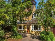 Detached house in Brambleacres Close...