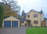 4 bed Detached house in 15 Loates Pasture...
