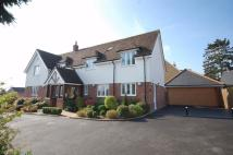 5 bed Detached property in 2 The Limes...